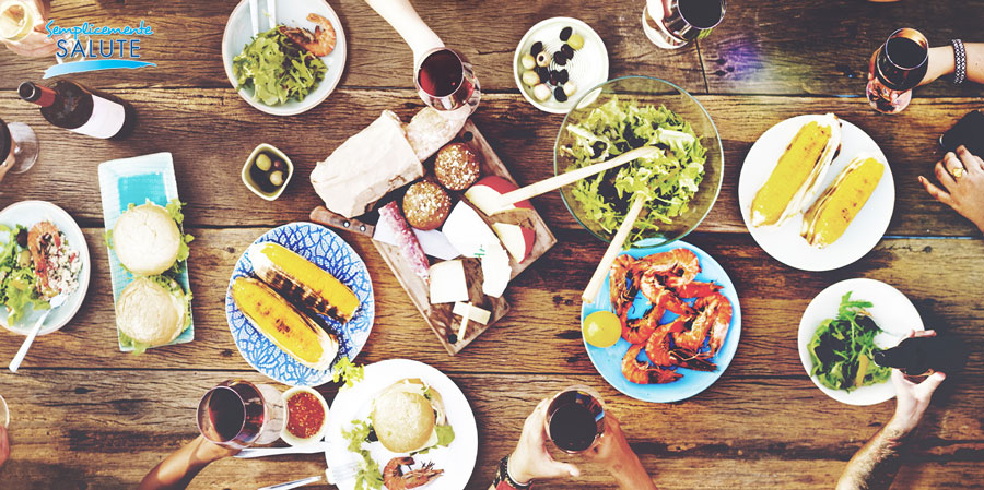 A pasqua la salute vien mangiando abbuffate e digiuno non fanno bene a nessuno