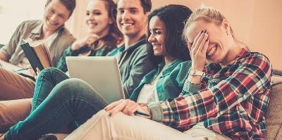 Influenza: il contagio davanti alla tv