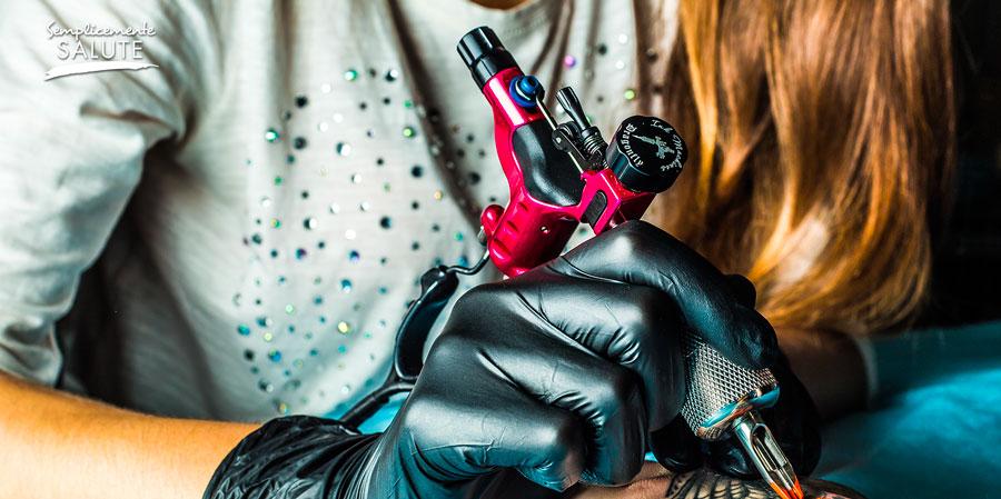 Via il tatuaggio, ma con giudizio